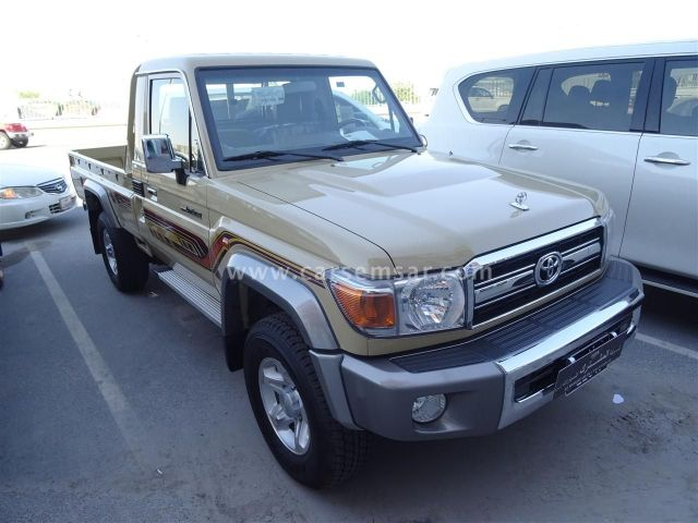 2019 Toyota Land Cruiser Pickup LX