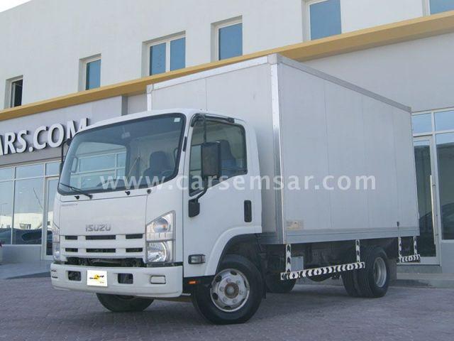 2014 Isuzu Truck