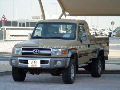 2014 Toyota Land Cruiser Pickup LX