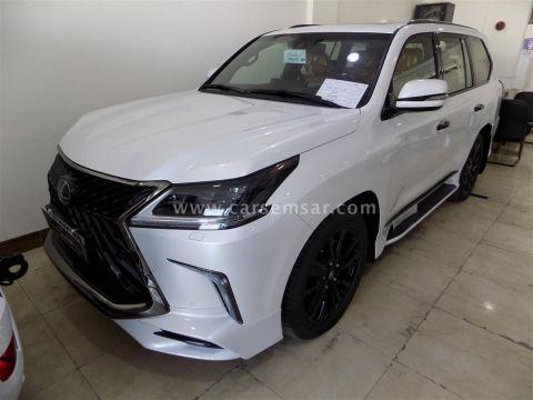 2019 Lexus LX 570 Black Edition