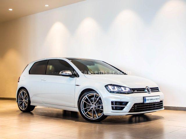 2015 Volkswagen Golf R 2.0