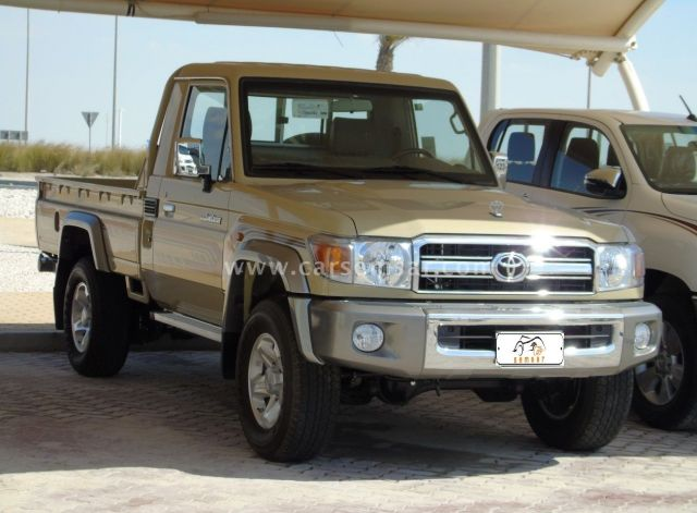 2018 Toyota Land Cruiser Pickup LX