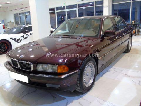1998 بي ام دبليو الفئة السابعة 760 Li
