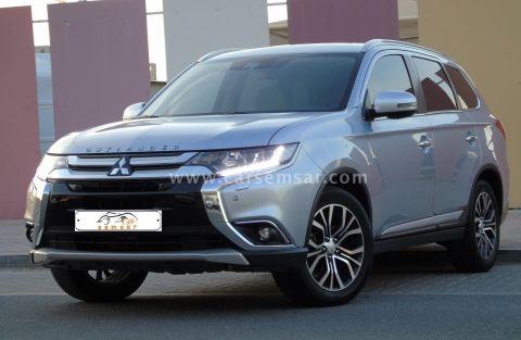 2017 Mitsubishi Outlander Limited 4WD