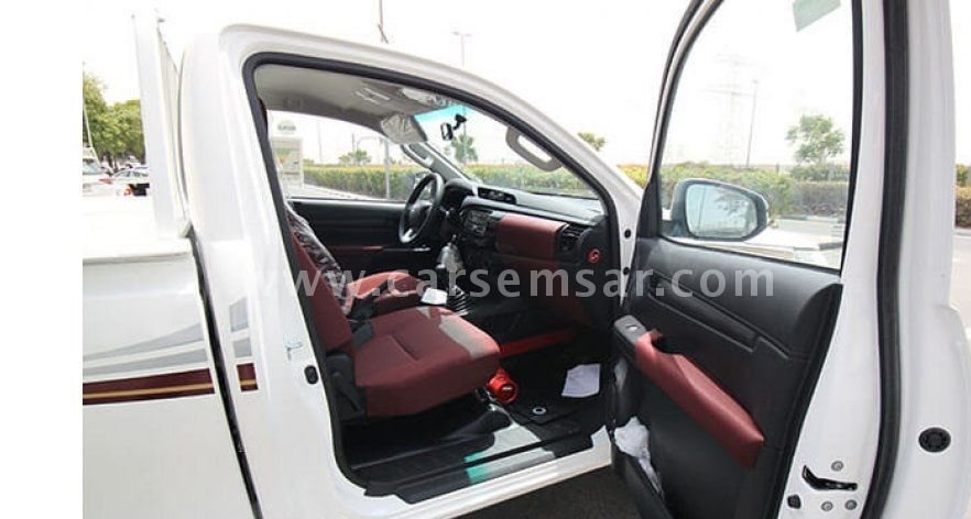 2018 Toyota Hilux 2 0 for sale in Saudi Arabia - New and