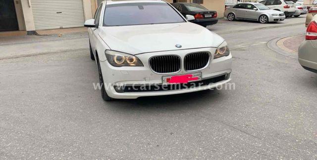 2010 BMW 7-Series 740i