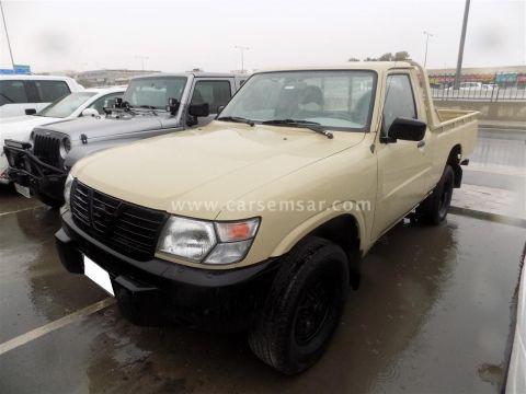 2002 Nissan Pickup GLE