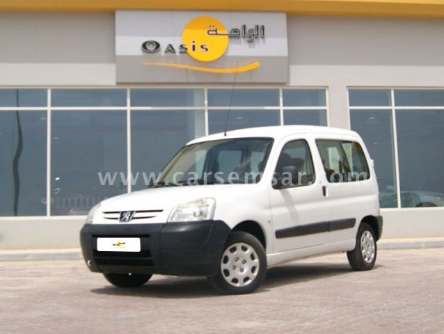 2012 بيجو Partner Van