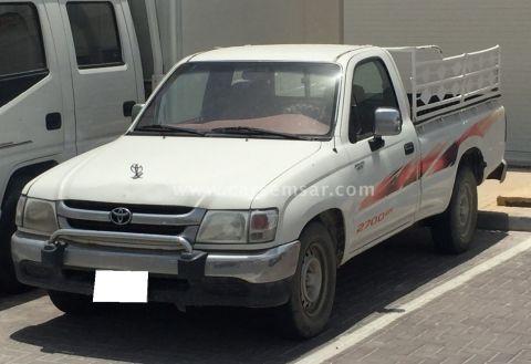 2004 Toyota Hilux 2.7