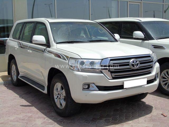 2017 Toyota Land Cruiser GXR