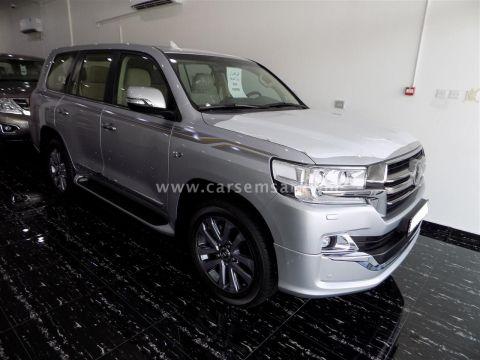 2019 Toyota Land Cruiser VXR