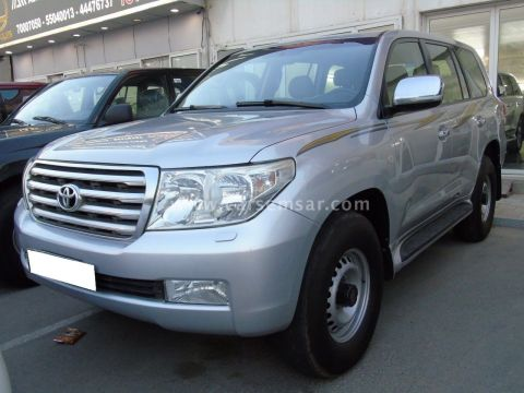 2011 Toyota Land Cruiser GXR V8