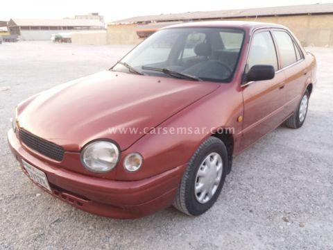 1999 تويوتا كورولا Sedan