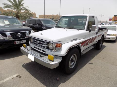 2006 Toyota Land Cruiser Pickup LX