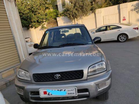 2000 Toyota RAV4 2.4