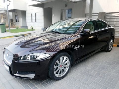 2014 Jaguar XF 2.7