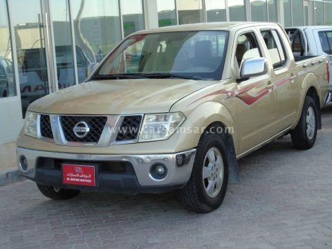 2009 Nissan Navara LE