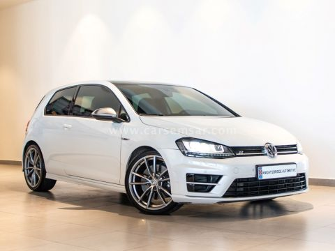2015 Volkswagen Golf R 2.0