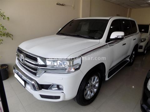 2019 Toyota Land Cruiser GXR V8