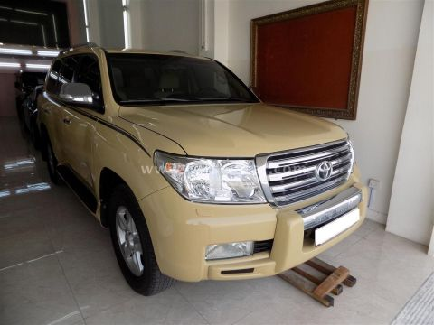 2010 Toyota Land Cruiser VXR