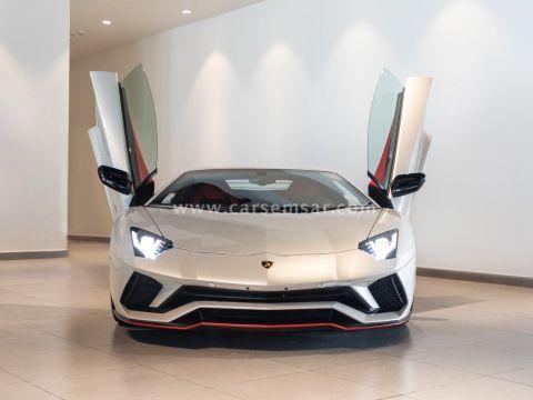 2018 لامبورغيني افنتادور Aventador S