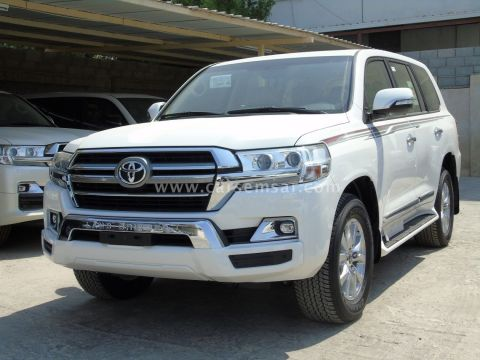 2020 Toyota Land Cruiser GXR V8