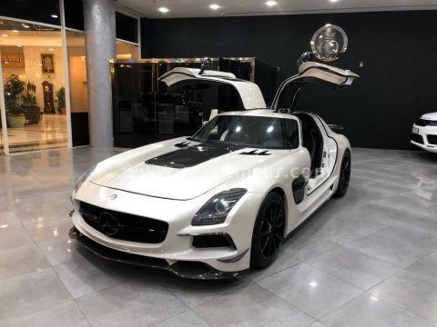2013 Mercedes-Benz SLS 63