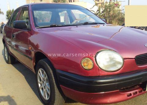 1998 تويوتا كورولا Sedan