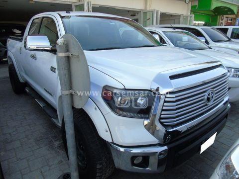 2015 Toyota Tundra 5.7 L
