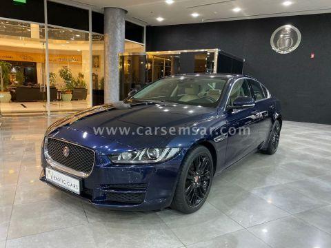 2018 Jaguar XE 2.0