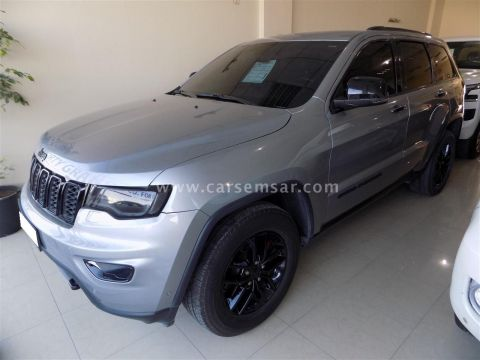 2017 Jeep Grand Cherokee LTD Hemi 5.7