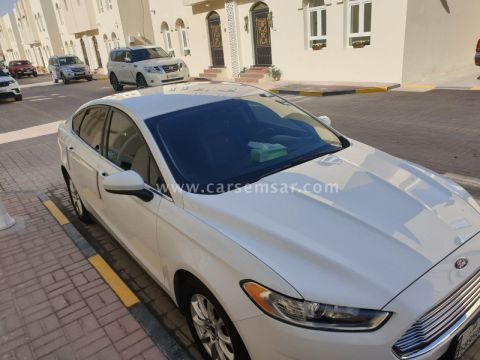 2016 Ford Fusion S 2.5 L