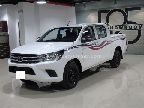 2020 Toyota Hilux 2.0