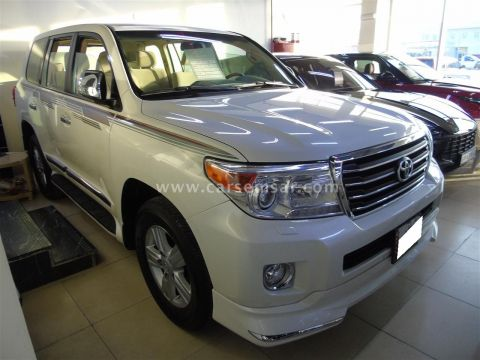 2014 Toyota Land Cruiser GXR