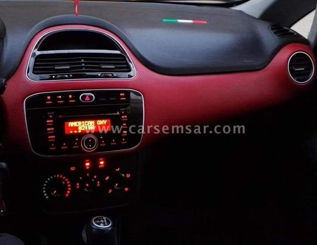 2012 Fiat Punto 1.2
