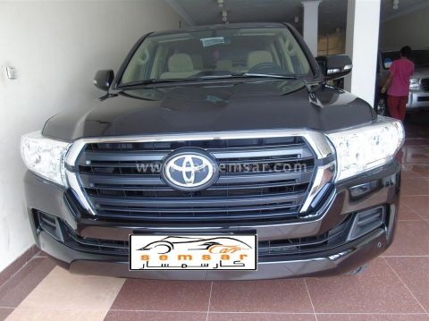 2017 Toyota Land Cruiser G