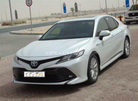 2019 Toyota Camry GLE Hybrid