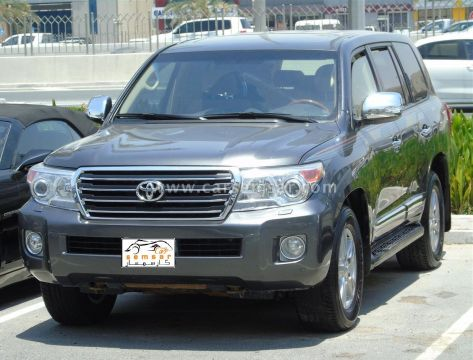 2014 Toyota Land Cruiser GXR V8