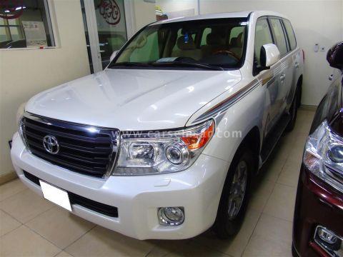 2015 Toyota Land Cruiser GXR
