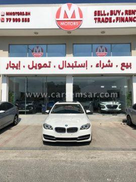 2015 BMW 5-Series 520i