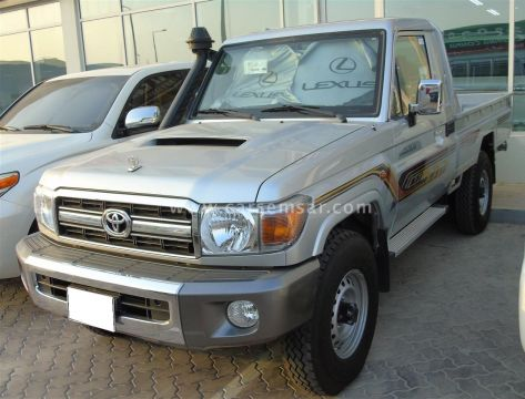 2020 Toyota Land Cruiser Pickup LX Diesel