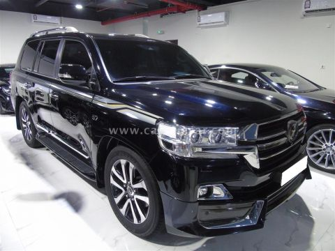 2019 Toyota Land Cruiser VXS Grand Touring S