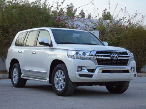 2021 Toyota Land Cruiser GXR V8