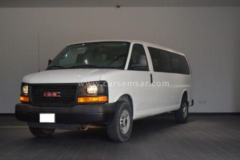 2015 جي ام سي Savana Passenger Van 2500