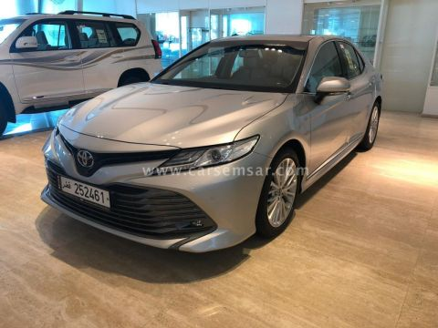 2020 Toyota Camry Limited