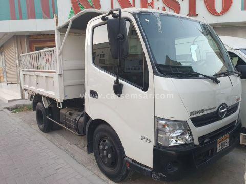 2015 Hino Hino Truck