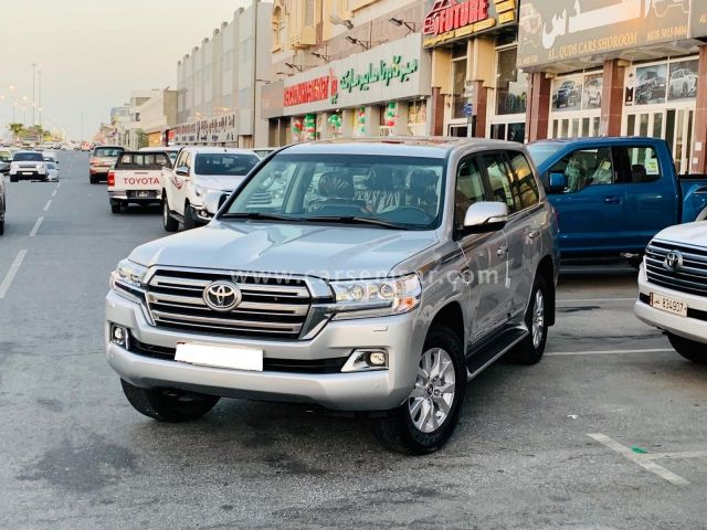 2021 Toyota Land Cruiser VXR for sale in Qatar - New and ...