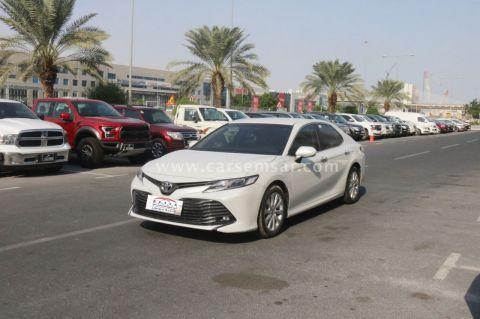 2020 Toyota Camry GLE