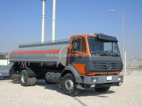 2004 Mercedes-Benz Tanker 1924