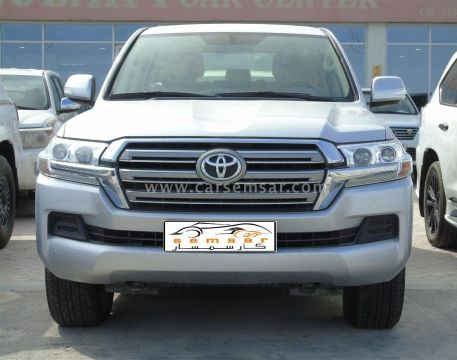 2019 Toyota Land Cruiser GXR